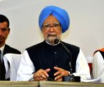 Jobless growth turning into job-loss growth: Manmohan Singh