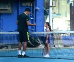 Mahesh Bhupathi plays tennis with daughter Saira
