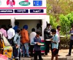 Free Photo: Free meals for needy at Annapurna canteens in Hyderabad