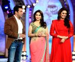 Bigg Boss Saath - 7 - Fun with Dedh Ishqiya Team - Madhuri Dixit-Nene and Huma Qureshi
