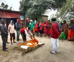 Free Photo: funeral procession of a dog in patna