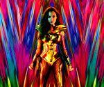 Free Photo: Gal Gadot back as Wonder Woman in new shiny avatar