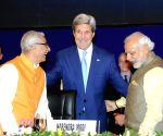 7th Vibrant Gujarat Global Summit 2015 - Modi, John Kerry
