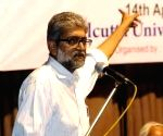 SC grants Navlakha four weeks protection from arrest