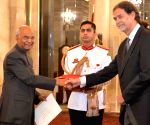 German Ambassador designate presents credentials to President Kovind