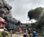 Free Photo: Ghaziabad : Ghaziabad factory caught fire, factory exploded in drums