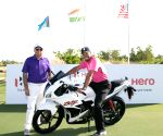 Hero World Challenge 2016  - Tiger Woods with Pawan Munjal