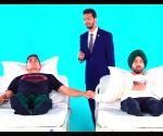 Free Photo: #GoodNewwz: Akshay, Diljit undergo labour pain test