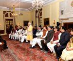 Khattar calls on President Mukherjee