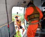 IAF rescues people stranded in flood in Bengal