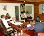 Himachal CM chairs meeting with Deputy Commissioners and Block Development Officers