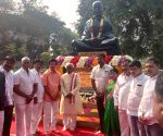 Himachal Governor pays tributes to Mahatma Gandhi on Martyrs Day