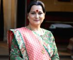 Free Photo: Himani Shivpuri happy to play character with 'so many colours