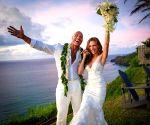 Dwayne 'The Rock' Johnson ties knot with his girlfriend Lauren Hashian, Pics inside!
