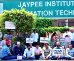 Jaypee Infratech management holds a meeting with home buyers