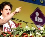 Cong workers must stand with people in distress: Priyanka Gandhi