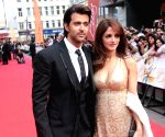 When Hrithik Roshan was floored by ex-wife Sussanne's birthday look
