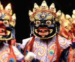 CHINA QINGHAI KUMBUM MONASTERY RELIGIOUS DANCE