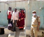 Free Photo: Husband trapped in Hyderabad, DIG sends pregnant woman home