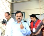 Polling ends in 16 LS constituencies of Telangana