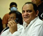 Hyderabad : Hyderabad Cricket Association (HCA) president Mohammed Azharuddin has been issued a show-cause notice by the association's apex council in Hyderabad.