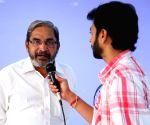 Telugu movie'Hitudu' stills