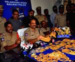 Gold seized from Rajdhani Express