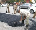 Repair all roads by November 15, orders UP CM