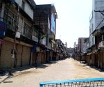 Deserted roads as lockdown begins in Telangana