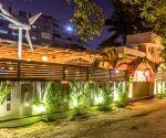 Smita opens TFL – The Food Lounge