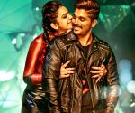 Allu Arjun fans elated as 'Sarrainodu' Hindi version crosses 300mn views on YouTube