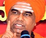 Lingayat seer dares K'taka CM to remove non-Hindu religious centre