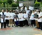 Free Photo:  IMA demands Central Protection Act for Health workers