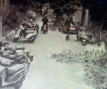 Free Photo: TITLE: In filmy style, Chennai SI catches bike-borne phone snatcher