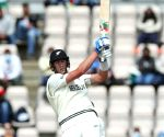 India get stuck into New Zealand's tail once again
