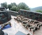 Armed forces observe Yoga Day from Siachen to Pacific Ocean ()