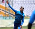 Fit-again Pandya eyes test comeback with Ranji Trophy