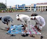 Indian passengers return from Bangladesh amid Coronavirus outbreak