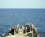 Indian Navy foils piracy attempt in Gulf of Aden (Lead) ()