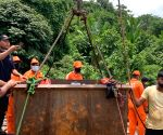 Indian Navy operation to find trappped Meghalaya miners continues, one body recovered
