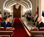 Iraqi, French Presidents call for reducing regional tension