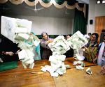 PAKISTAN ISLAMABAD GENERAL ELECTIONS VOTE COUNTING