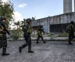 Islamist militants occupy part of Philippines market