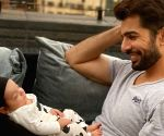 Jay Bhanushali gets emotional as daughter calls him 'papa'