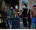 Coronavirus cases in France reach 52,128, death toll at 3,523