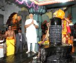 PM Modi at the Naguleswaram Temple