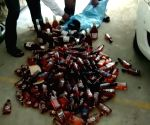 Bihar police arrest two liquor smugglers from Jharkhand
