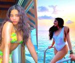 Jahnvi Kapoor's summer beach glam