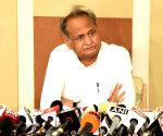 Gehlot blames ex-CM Raje for lapses in Pehlu Khan probe