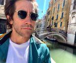 Jake Gyllenhaal believes women 'are superior to men'
